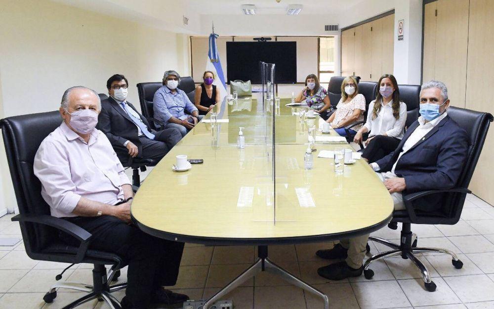 Con la agenda laboral de 2021 sobre la mesa, diputados sindicales se reunieron con Moroni