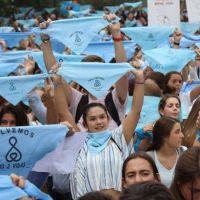 A la enorme ola celeste de la Argentina y del mundo