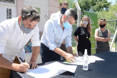 Zabaleta firmó un convenio para ampliar el Hogar de Abrigo Eva Duarte