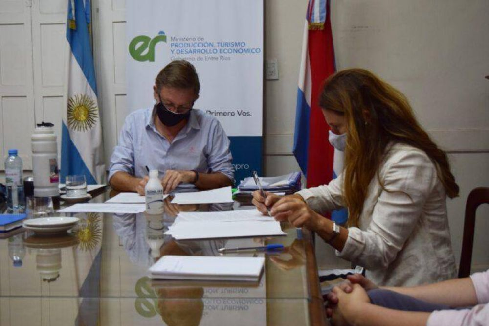 Provincia firmó un convenio con Nación para promover la Economía del Conocimiento