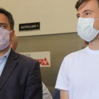 Ghi y Cabandié visitaron la planta de residuos patológicos del Hospital Posadas