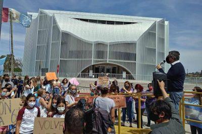 Marcharán hacia la Legislatura para pedir por el derecho a la educación