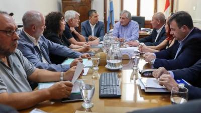 Santa Fe: El Gobierno Provincial fijo fecha para iniciar paritarias estatales