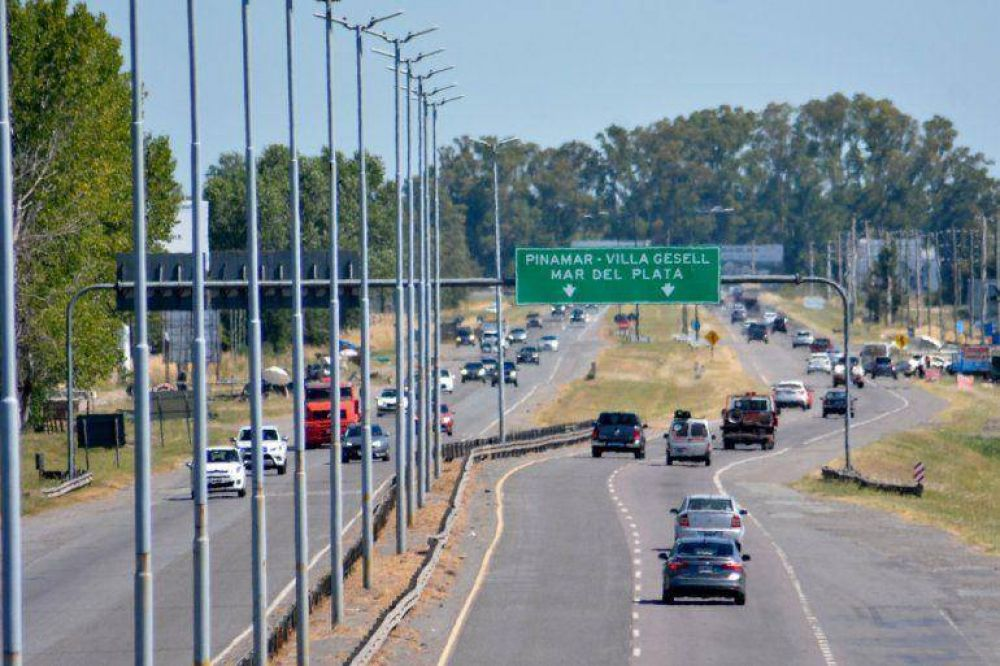 Unos 600 autos por hora llegan a Mar del Plata