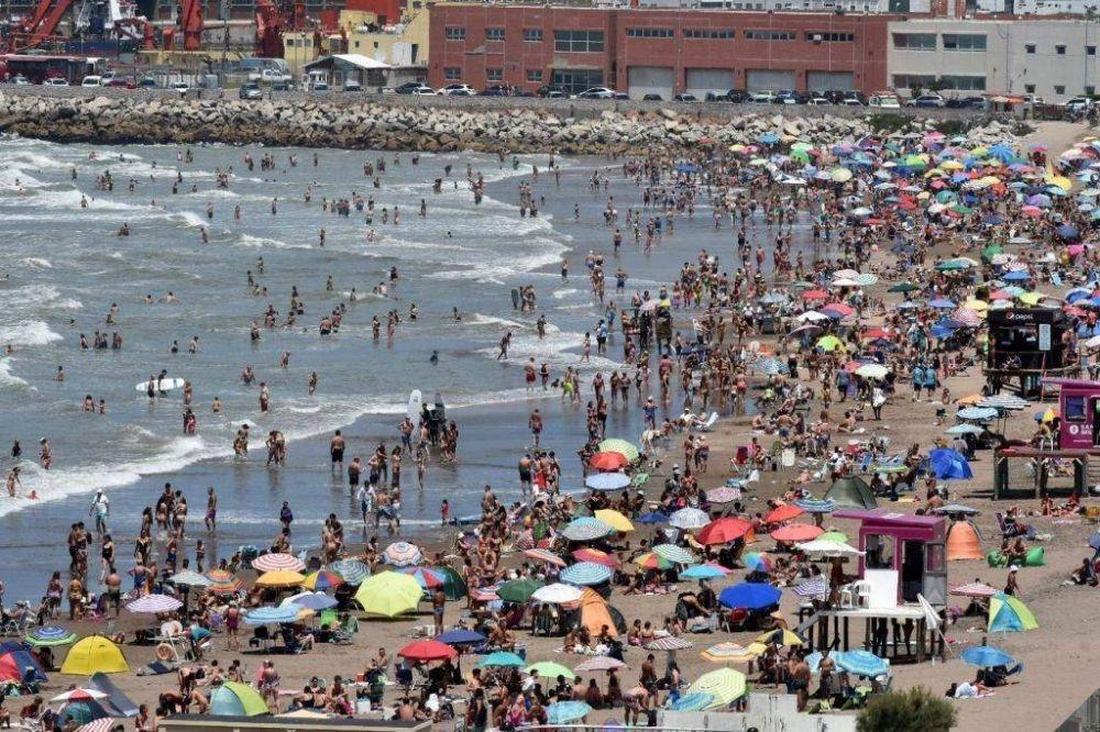 La ocupación roza el 50% y Mar del Plata vive el mejor fin de semana de enero