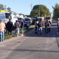 Córdoba: camioneros levantan el paro en Ruta 9 Norte