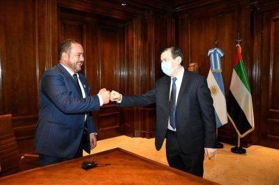 El gobernador recibió en Casa de Gobierno al CEO de Emirates Focus Group, Dr. Tahnoon Nimer
