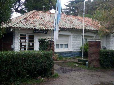 Malestar de vecinos por el retiro de la Comisaría 15 del barrio Parque Peña