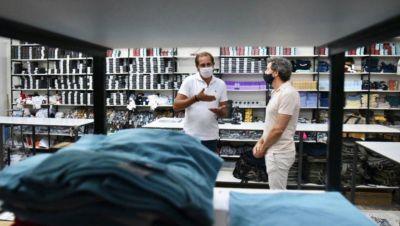 Garro visitó la fábrica textil de