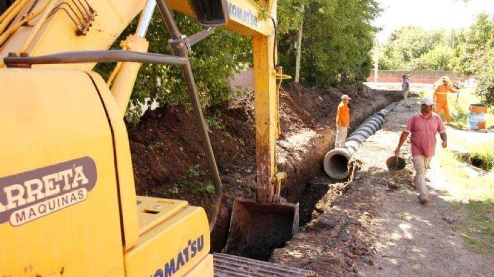 Avanzan las obras de pavimentación en San Miguel