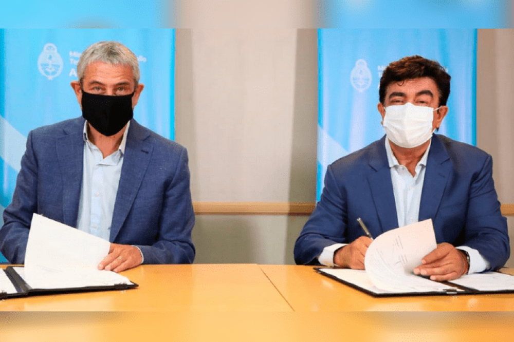 La Matanza   Espinoza y Ferraresi firmaron un convenio para construir casi 5.000 viviendas en el distrito