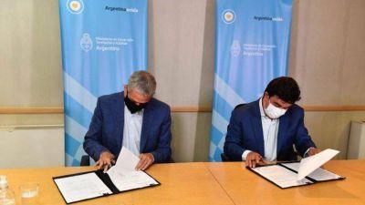 """Espinoza firmó un acuerdo con Ferraresi y se manifestó por """"una Argentina con Justicia Social"""""""