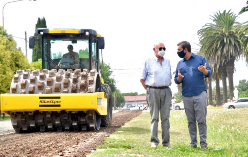 """""""Pusimos en marcha la obra de asfalto más importante de los últimos años"""""""