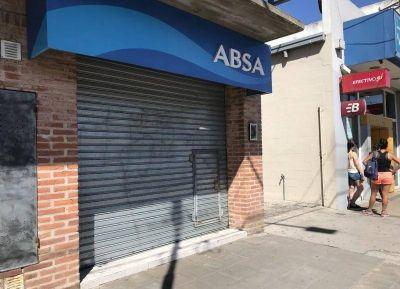 """Ediles fueron a exigir respuestas a ABSA: """"La situación de la ciudad no da para más"""""""