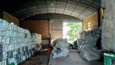 El CAT de Rojas ya recibió más de 20 mil bidones vacíos de agroquímicos