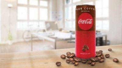Coca Cola se lanza al mercado con café frío y enlatado