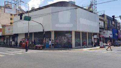 Garbarino de Morón está cerrado y su dueño compra Radio Continental