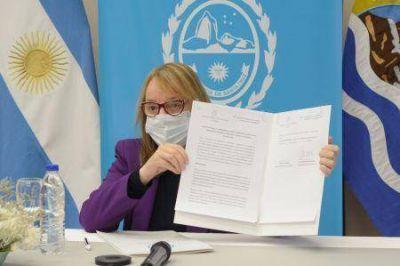 Santa Cruz| Alicia firmó convenios con el Ministerio de Desarrollo Territorial y Hábitat