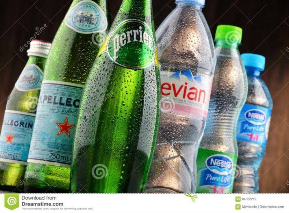 Las embotelladoras debe controlar el arsénico en agua mineral natural