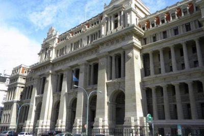 Jueces Ricos: Un fallo obliga a Kicillof a aumentarle un 80% el sueldo a magistrados