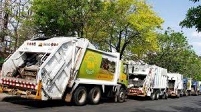 Moyano amenazó con un paro si Larreta ajusta los gastos en la recolección de basura