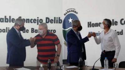 Salto y San Andrés de Giles adhirieron a programas de viviendas