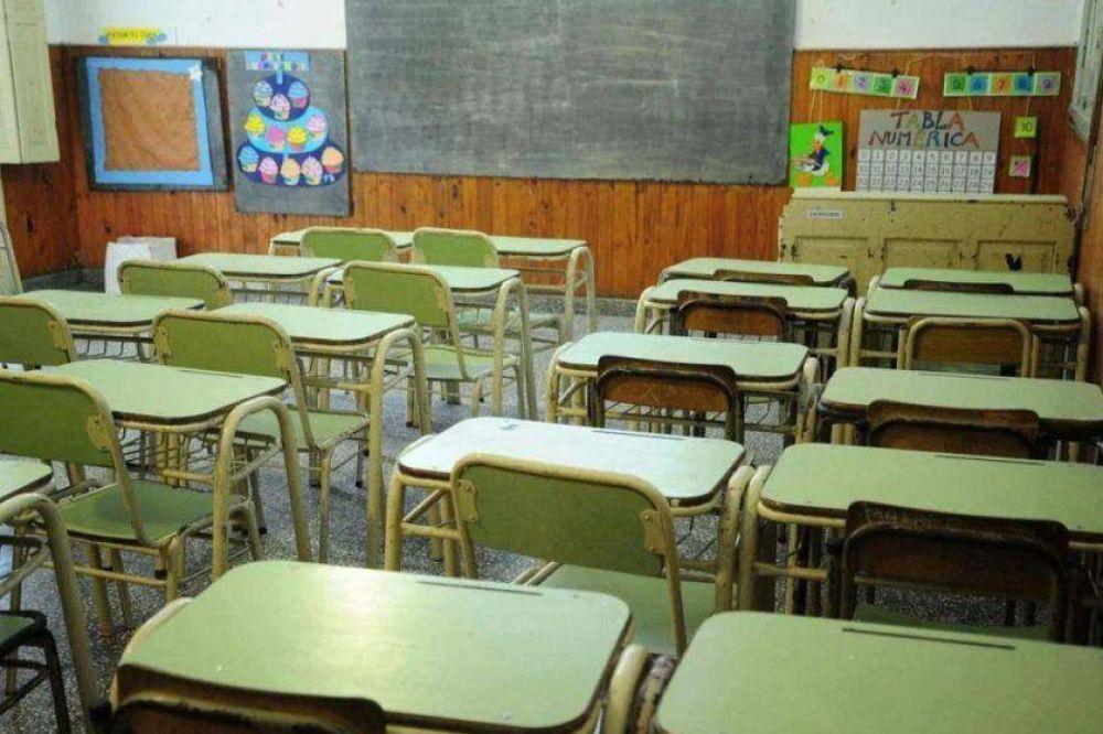 Los maestros exigen para volver a clases la aplicación de la vacuna, un aumento salarial y seguridad