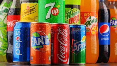La venta de bebidas sin alcohol acumula 21,6% de caída en dos años (gaseosas, aguas saborizadas, con y sin gas, jugos)