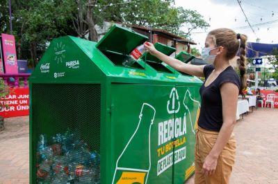 Coca-Cola habilitó sus espacios de verano con mensajes sustentables