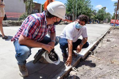 El Gobierno local anunció que se pavimentarán 5 mil cuadras en el distrito