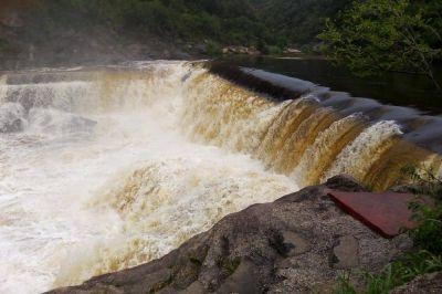 Registran una importante crecida en distintos ríos de las sierras