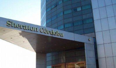 Empleados del Sheraton analizan propuesta de indemnizaciones