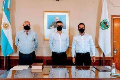El Intendente les tomó juramento a dos funcionarios en el área de SerBa