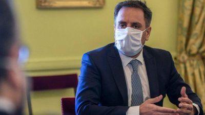 El ministro de Ambiente y Desarrollo Sostenible, Juan Cabandié, dio positivo de COVID-19