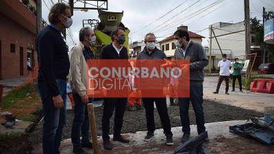 Katopodis, Moreira y Valenzuela recorrieron las obras de avenida Triunvirato