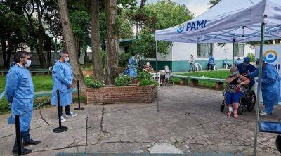 Juan Zabaleta supervisó la puesta en marcha del plan de vacunación contra el COVID-19
