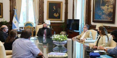 Trabajadores de la Coopi de Carlos Paz se reunieron con el Presidente