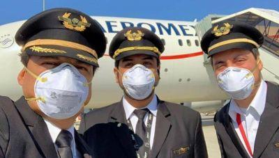 """Aeroméxico: Pilotos logran un """"acuerdo histórico"""" para garantizar la continuidad laboral en la empresa"""