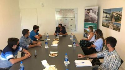 Analizan implementación en Varela del programa Mercados Bonaerenses