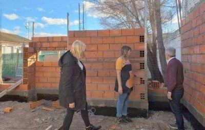 Zara anunció la reactivación de obras en Patagones
