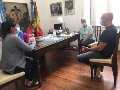 El municipio se reunió con el jefe de P.A.M.I. delegación saladillo para abordar la vacunación en geriátricos