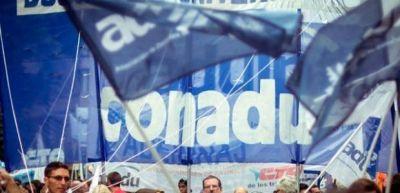 """La Conadu se manifestó """"en defensa del derecho a la educación y la salud"""""""