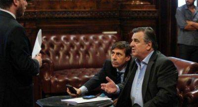 Negri y Naidenoff le ponen límites a Macri: