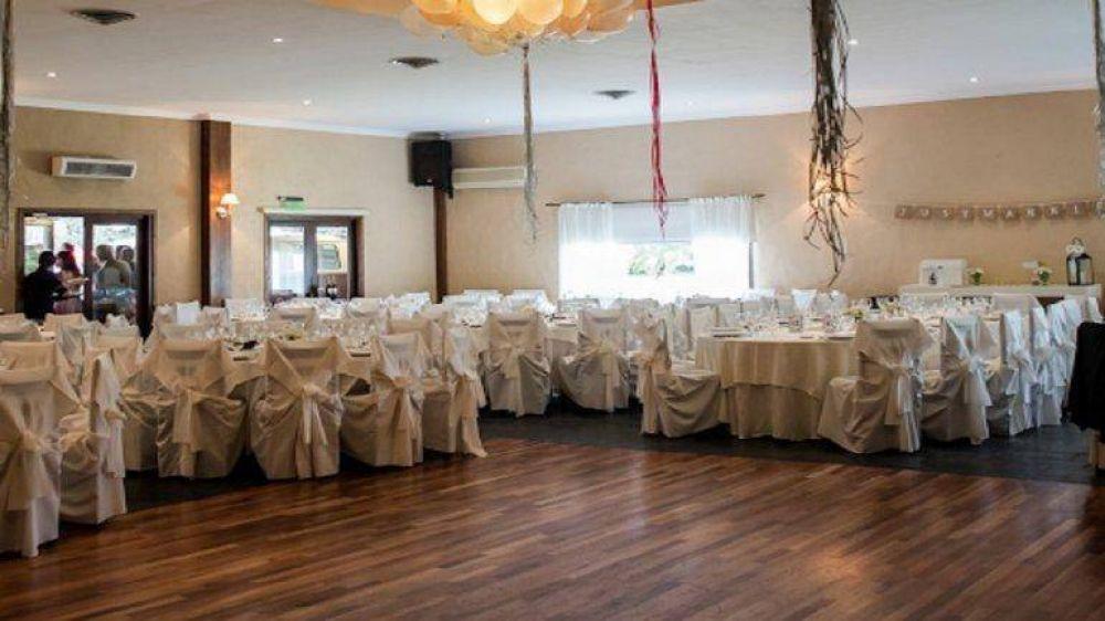 Reabren los salones de fiesta en Mar del Plata: se permite la gastronomía sin baile