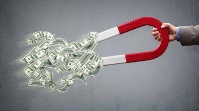 El impuesto a la riqueza expulsaría inversiones hacia Uruguay, según el Wilson Center