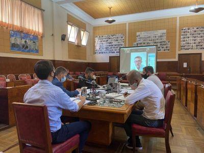 El gobierno evalúa cambios al pliego del transporte y busca los votos