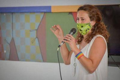 Mar Chiquita: Vanina Calvo destacó la campaña en contra de las violencias de género: «Hay un gran avance hacia la igualdad»