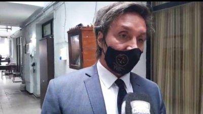 Aseguran que el gendarme no participó de una fiesta clandestina y que su arresto