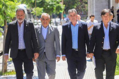 Campo extremista agita una rebelión contra el Gobierno