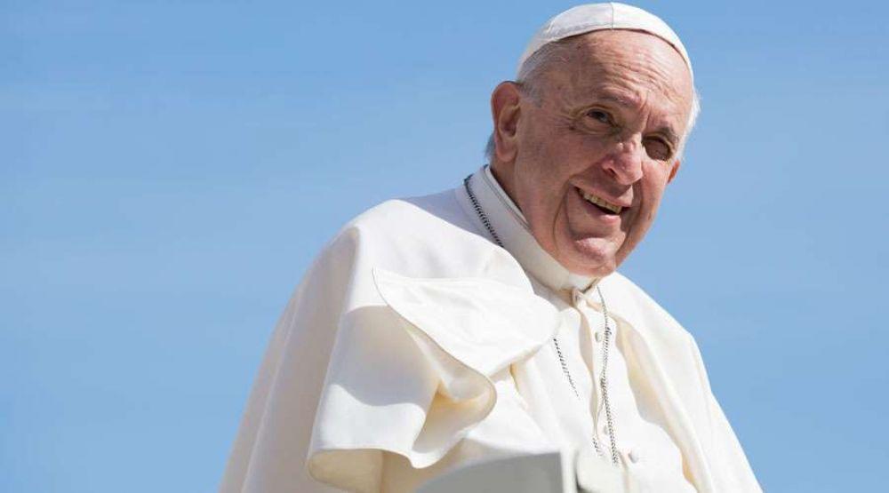 Vaticano presenta logo del viaje del Papa Francisco a Irak